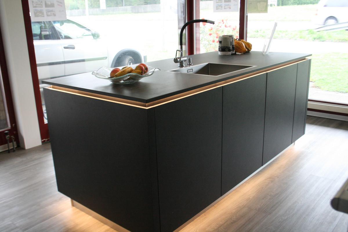 alno 2016 erni innenausbau ag 5014 gretzenbach ausstellungsk chen. Black Bedroom Furniture Sets. Home Design Ideas