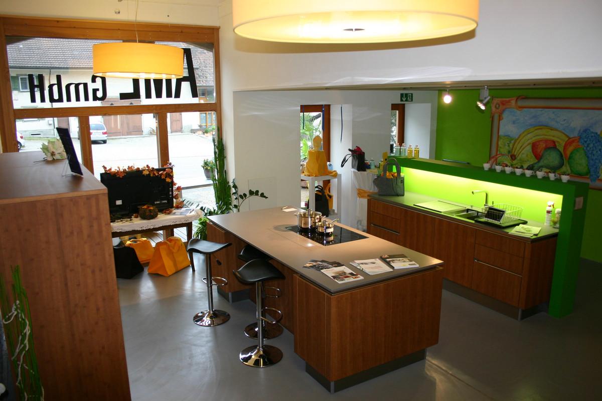 ausstellungsk che bambus aml k chen gmbh 8225 siblingen ausstellungsk chen. Black Bedroom Furniture Sets. Home Design Ideas
